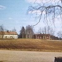 Ylöjärven maisemaa hallitsivat aikoinaan seitsemän historiaa huokuvaa kylätaloa ja kolme upeaa huvilaa
