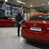 Rinta-Joupin Autoliike Oy avaa joulukuussa Ideaparkissa – millainen yritys on autokaupan 8. suurin toimija?
