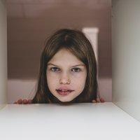 Harvinainen oireyhtymä on aiheuttanut 9-vuotiaalle Lyytille reuman, reiän sydämeen, puhevaikeuksia ja psykiatrisia ongelmia – Lääkäreillekin tuntematon sairaus voi oireilla jopa sadoilla eri tavoilla