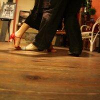 Vipattaako tanssijalkaa? Loppiaisena järjestetään tanssit niin Kurussa kuin Viljakkalassakin