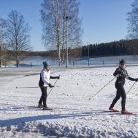 """Osa kaupungin ylläpitämistä laduista ei välttämättä tule hiihtokuntoon koko talvena – """"Julkujärven ladulla on ajettu mönkijöillä, Räikällä koitettiin ajaa autolla"""""""