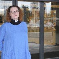 """Ulla Ruusukallio on onnellinen valinnastaan: """"Toivon, että Ylöjärvi saa  viisaan kirkkoherran"""""""