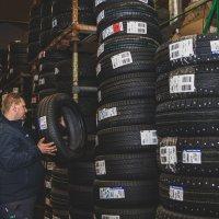 Täyden palvelun rengasliikkeestä saat uudet renkaat asennettuina jopa puolessa tunnissa