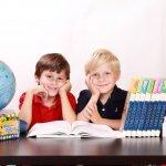 Oppivelvollisuus on etuoikeus – Vain koulutus voi auttaa ihmisiä säilyttämään kotiplaneetta asuinkelpoisena