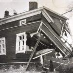 Lielahdessa lapsuutensa asunut Raili Östring sai kotiinsa pommin, sairastui kurkkumätään ja oli tyrkyllä sotalapseksi Ruotsiin