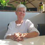 Näin Minna Pyhälästä varttui ravintoloitsija: auttoi äitiään myymällä makkaraa ja ahkeroimalla hänen lounaspaikoissaan