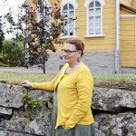 Kiusatusta kirkkoherraksi: Ulla Ruusukallio haki jopa Turkan hurjaan Teatterikorkeakouluun, mutta koti löytyi seurakunnasta