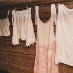 Ylöjärven museolla pääsee tutustumaan alusvaatteiden historiaan – Esillä on esimerkiksi ensimmäiset pikkuhousut, jotka eivät ole pientä nähneetkään