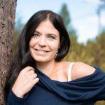 """33-vuotias metsäkyläläisäiti Jonna Korpi kisaa parikymppisten kanssa Miss Tampere -finaalissa – """"Mielestäni nainen on kauneimmillaan kolmekymppisenä"""""""