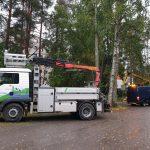 Lukijan kuva: Aila-myrsky kaatoi puun sähköjohdon päälle Ylöjärven keskustassa