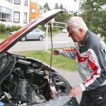 Kaikki aistit käyttöön käytettyä autoa ostettaessa – katsastustodistuksesta selviää jo paljon