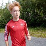 Konsta Uuttera mitalirohmuna SM-viesteissä – Myös Eelis Harjunmaa pinkoi kultaa
