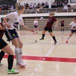 Heidi Linjamaa iski hattutempun, kun YIlves takoi 8 maalia YU:n isännöimässä avausottelussa