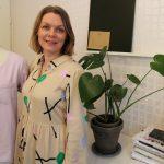 Vaatesuunnittelija tarvitsee luovuutta mutta myös tarkkuutta – Asuntilassa asuva Minna Sillanpää on suunnitellut Nansolle jo 16 vuoden ajan
