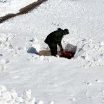 Lumitalvi: Kiukuttaahan se, valmiiksi väsyneenä varsinkin, mutta ei sitä lunta yleensä kuutiokaupalla ole