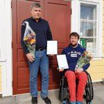 Heikki Konttinen sai esteettömyyspalkinnon – Hän on suunnitellut pyörätuolin käyttäjille muun muassa veneitä ja laitureita