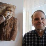 Taiteen monitaituri: Tauno Jokinen on tehnyt satoja puuveistoksia, kortteja ja pari upeaa kirjaa