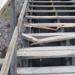Teivon portaat epäillyn ilkivallan kohteena juhannusviikonloppuna – korjauksesta vastaa Tampereen kaupunki