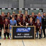 YIlveksen 17-vuotiaat pojat juhlivat upeaa Suomen mestaruutta