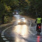 """Puuttuuko pyörästäsi valo? Poliisi voi määrätä siitä 40 euron liikennevirhemaksun – """"Vilkkutoiminnan sijaan pyöräilijän kannattaa satsata kunnollisiin valoihin"""""""