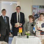 Pirkanmaan säätiö 60 vuotta –  Vanhassa Räikässä järjestetyssä juhlaseminaarissa muisteltiin vanhoja vaikuttajia ja palkittiin tulevaisuuden tekijöitä